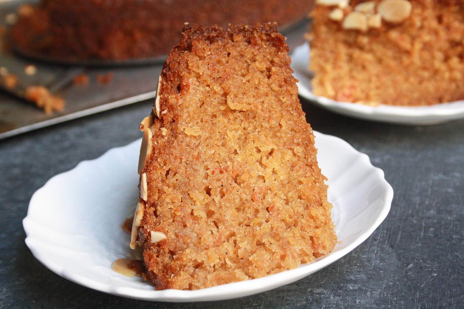 spicedcarrotcake3A super moist carrot cake filled with all sorts of warming winter spices for a classic addition to your festive table!