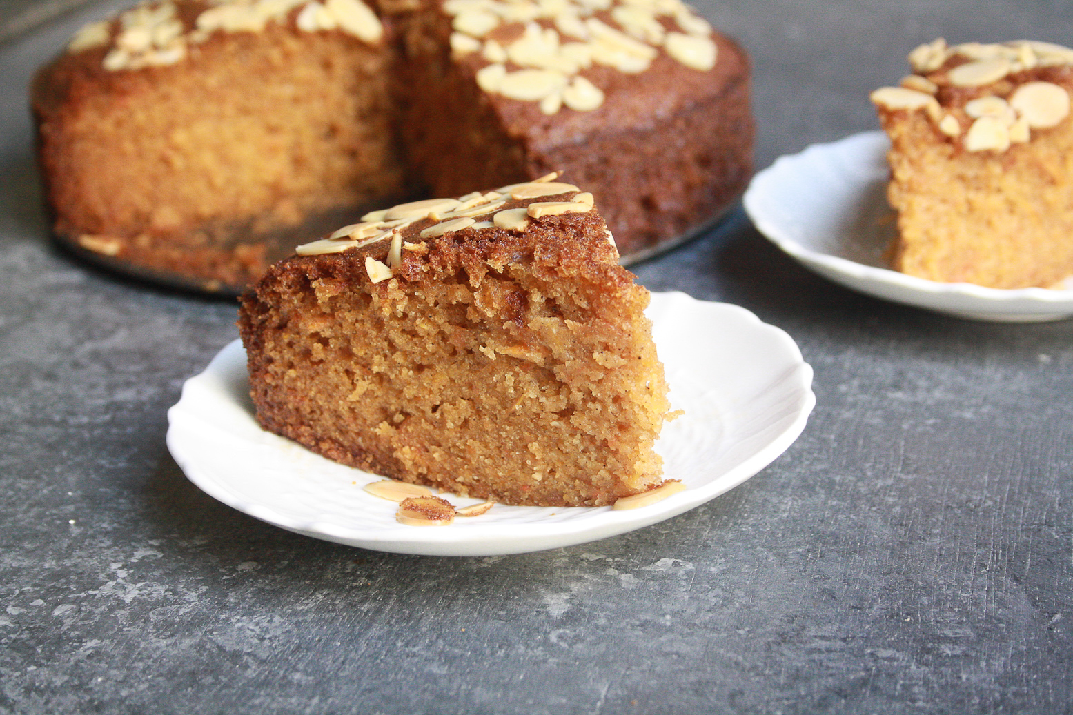 A super moist carrot cake filled with all sorts of warming winter spices for a classic addition to your festive table!