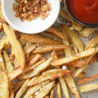 Crispy Baked Garlic Fries