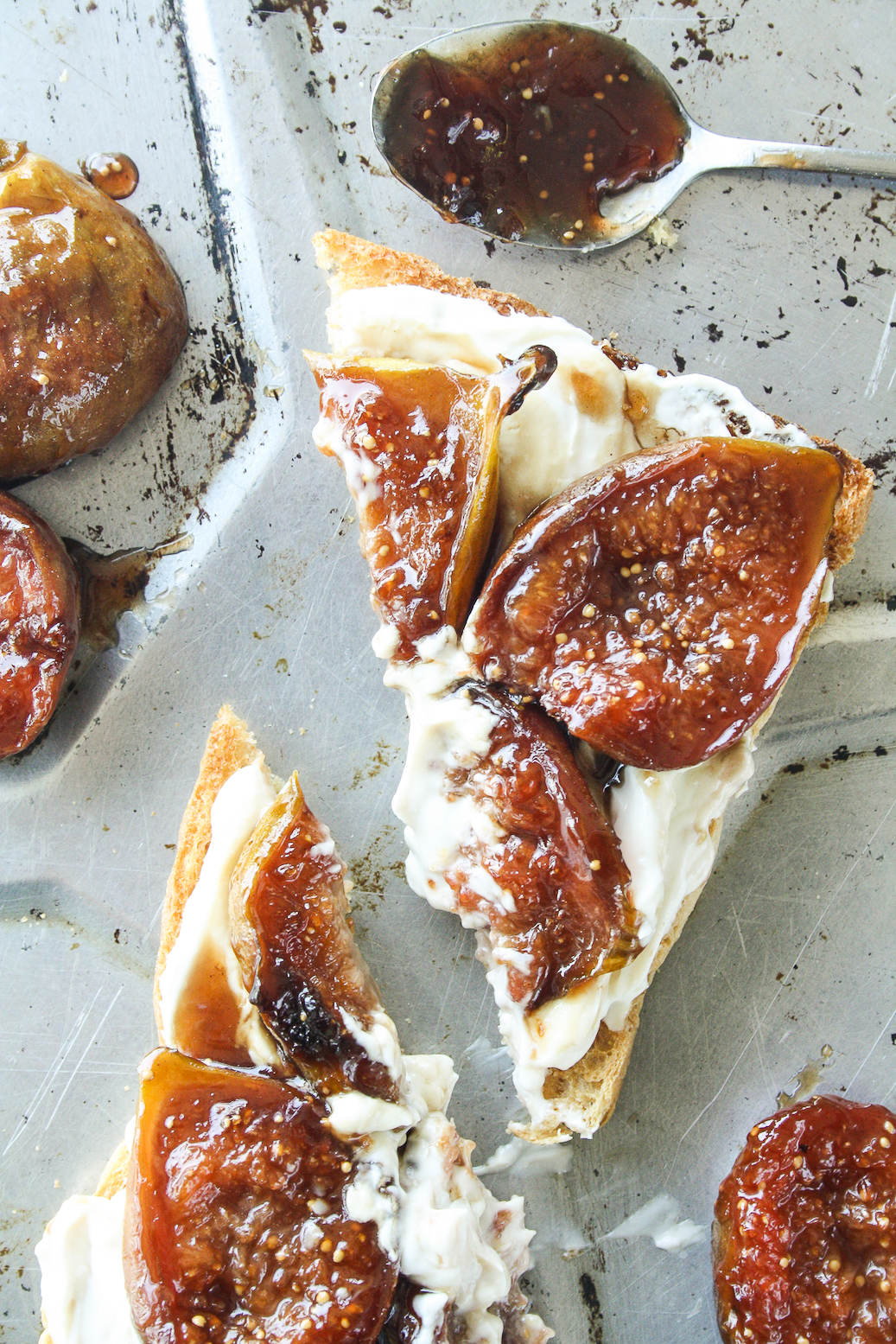 Figs caramelised in honey and balsamic vinegar, served with honey infused hung yogurt on toast!