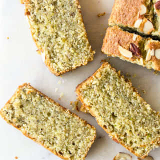 A fragrant loaf cake with ground almonds, pistachios and orange juice!