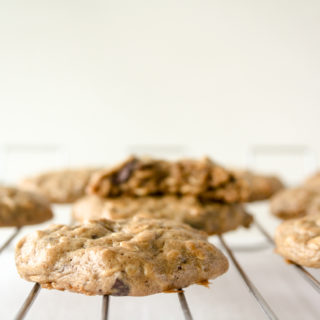 Flourless Peanut Butter Oat Cookies